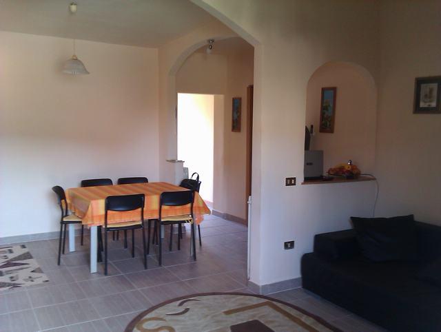 Soluzione Indipendente in vendita a Pisa, 4 locali, zona Zona: Ospedaletto, prezzo € 180.000   Cambio Casa.it