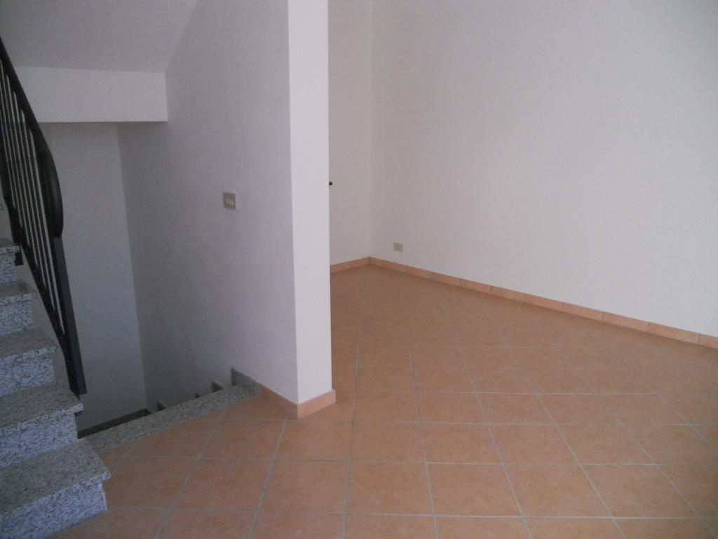Villa in affitto a San Giuliano Terme, 5 locali, zona Zona: Agnano, prezzo € 1.000 | Cambio Casa.it