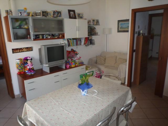 Soluzione Indipendente in vendita a Cascina, 3 locali, zona Località: Centro, prezzo € 95.000   Cambio Casa.it