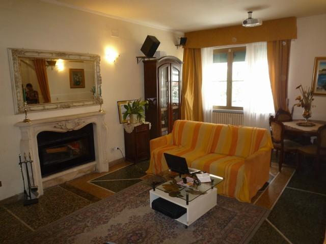 Villa Bifamiliare in Vendita a Cascina