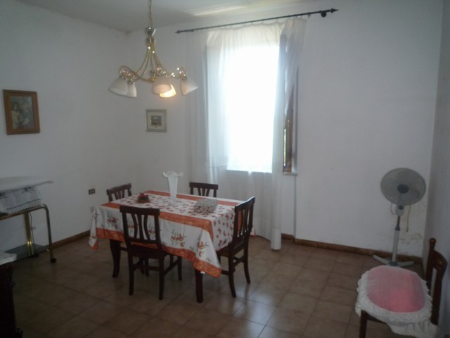 Soluzione Indipendente in vendita a Vecchiano, 5 locali, zona Zona: Migliarino, prezzo € 297.000 | Cambio Casa.it
