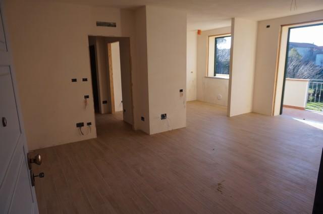 Appartamento in vendita a Cascina, 4 locali, zona Località: SanFrediano, prezzo € 235.000 | Cambio Casa.it