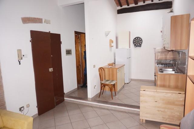 Appartamento in vendita a Vicopisano, 3 locali, zona Località: Vicopisano, prezzo € 115.000 | Cambio Casa.it