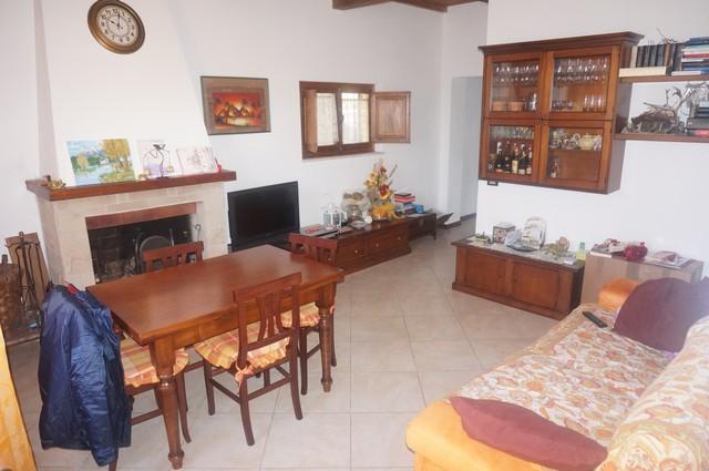 Soluzione Indipendente in vendita a Cascina, 4 locali, zona Località: Centro, prezzo € 175.000   Cambio Casa.it