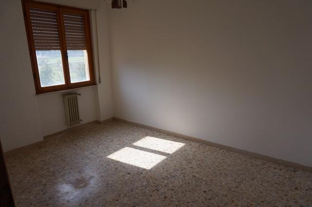 Appartamento in vendita a San Giuliano Terme, 5 locali, zona Zona: Asciano, prezzo € 165.000 | Cambio Casa.it
