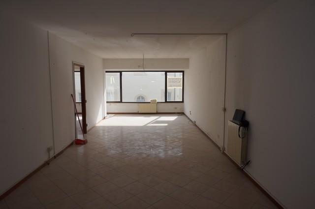 Ufficio / Studio in affitto a Cascina, 9999 locali, zona Località: Centro, prezzo € 750 | CambioCasa.it