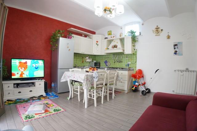 Appartamento in vendita a Cascina, 3 locali, zona Località: SanFrediano, prezzo € 125.000 | Cambio Casa.it