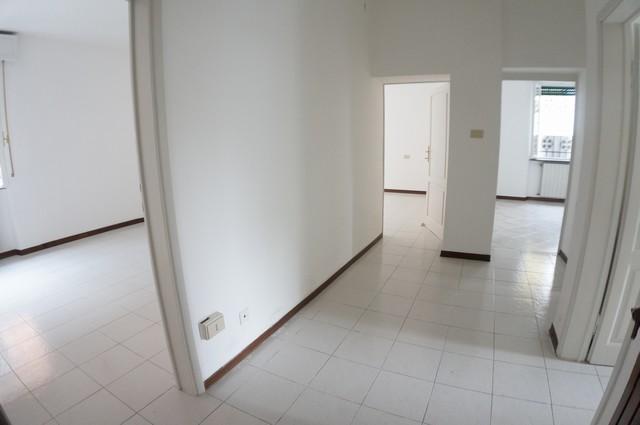 Appartamento in vendita a Pisa, 4 locali, zona Località: Portaamare, prezzo € 149.000 | Cambio Casa.it
