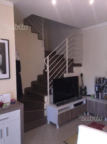 Soluzione Indipendente in affitto a Calcinaia, 2 locali, prezzo € 650   CambioCasa.it