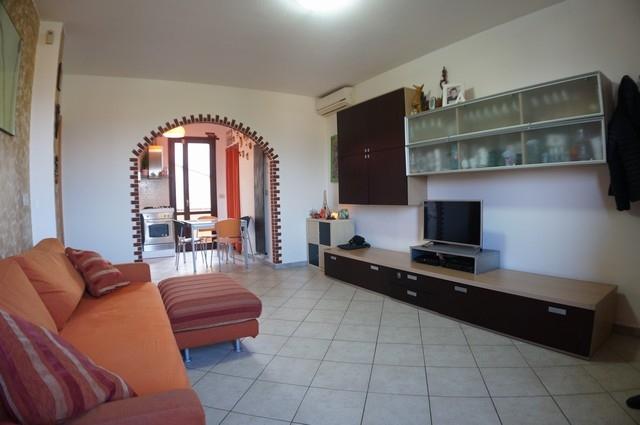 Appartamento in vendita a Bientina, 4 locali, prezzo € 125.000 | CambioCasa.it