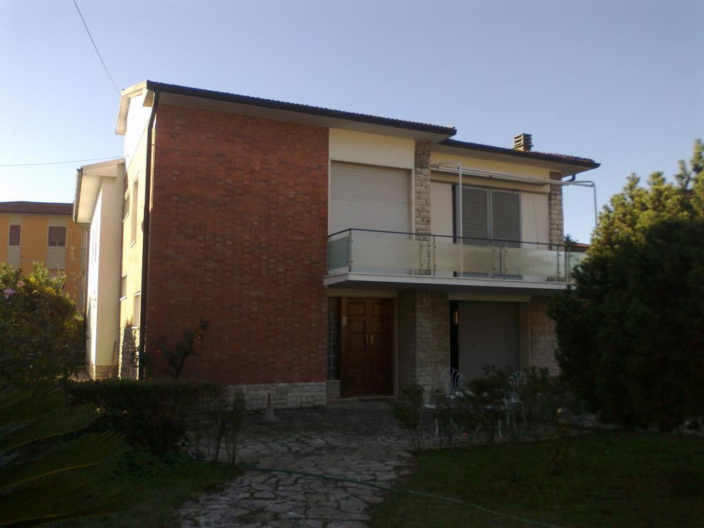 Villa in Affitto a Vecchiano