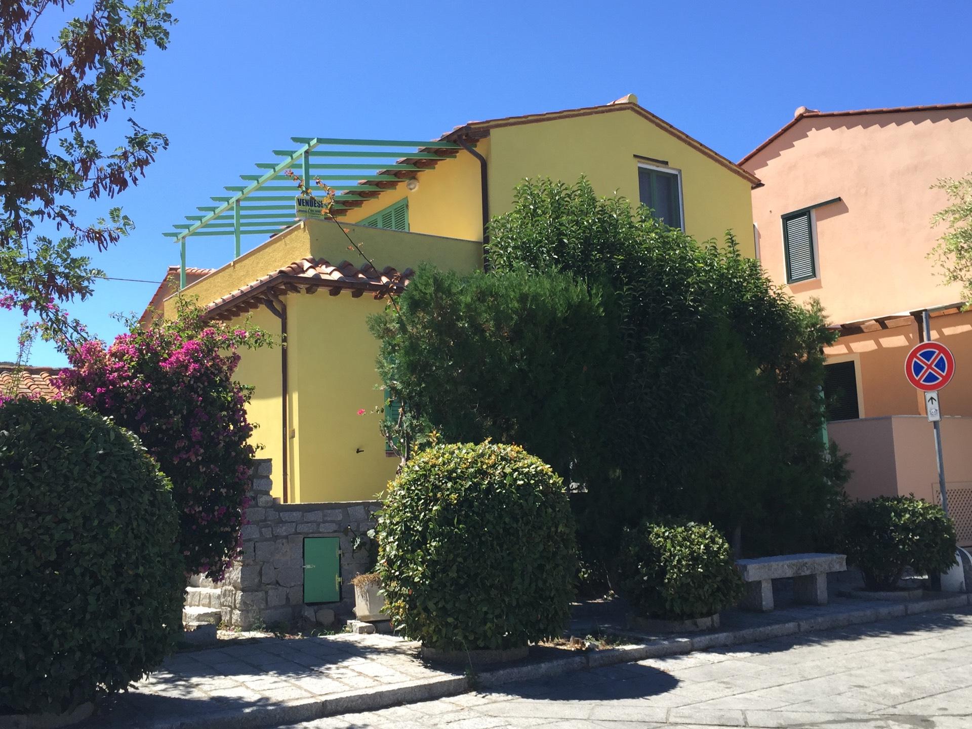 Villa in vendita a Marciana, 5 locali, prezzo € 295.000 | CambioCasa.it