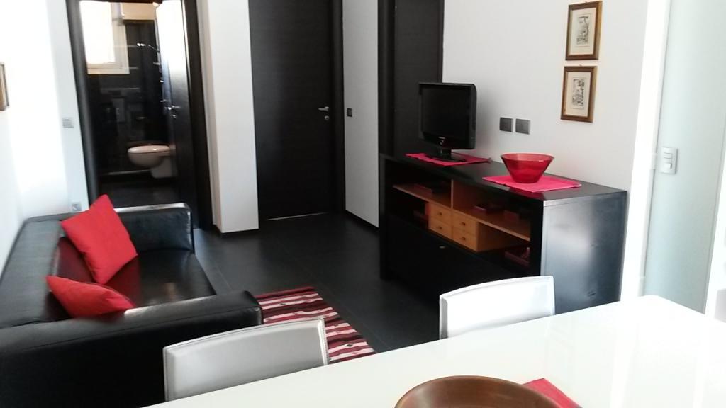Rho | Appartamento in Affitto in Via A. Sciesa | lacasadimilano.it