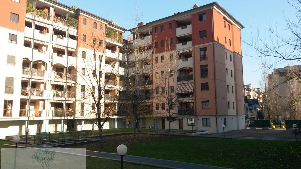 Affitto bilocale Lainate Viale Rimembranze, 50 metri quadri