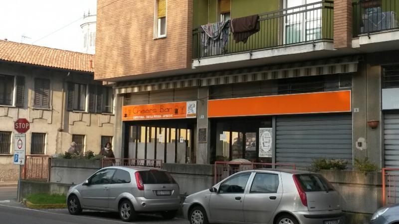 Negozio / Locale in Vendita a Magenta