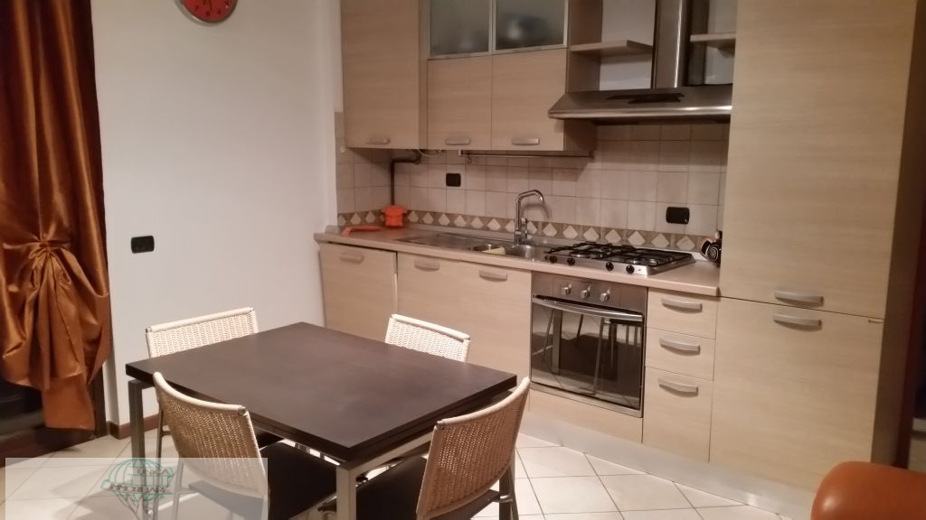 Appartamento in Affitto a Cantù