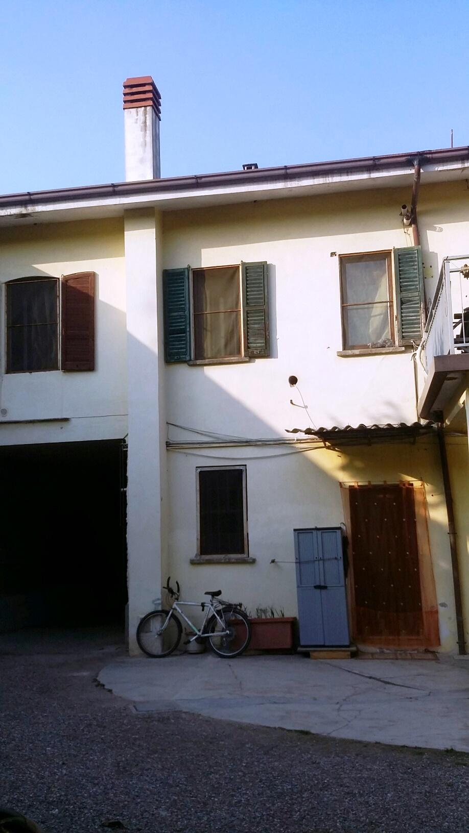 Bilocale Buscate Via Cavour 6