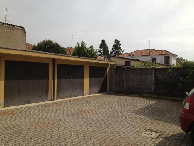 Bilocale Sedriano Via Grandi 10