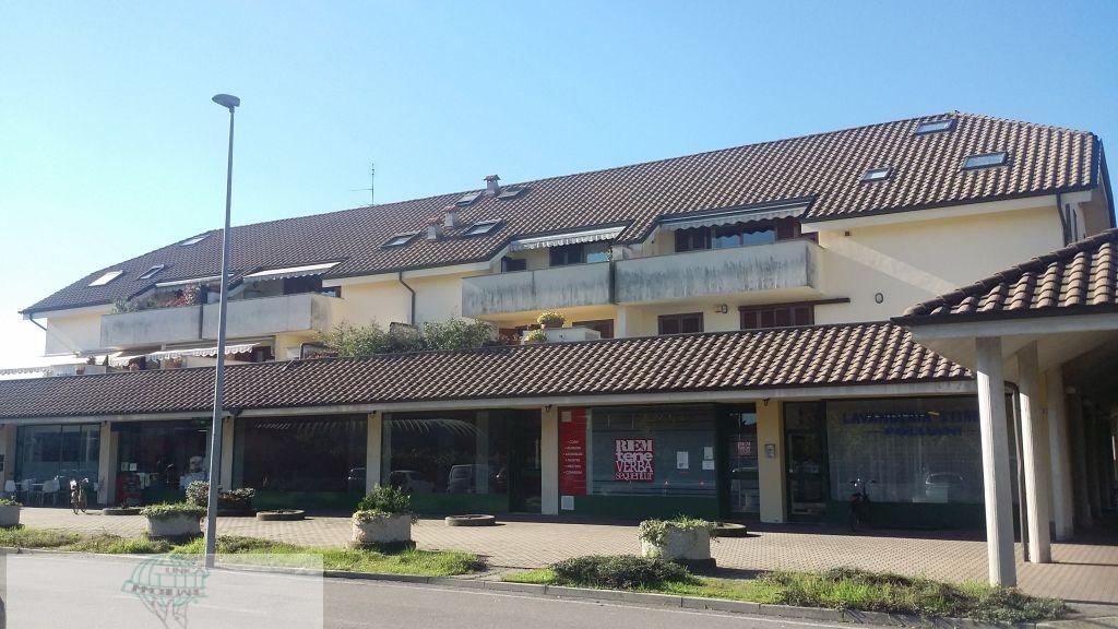 Appartamento in vendita a Mesero, 2 locali, prezzo € 129.000 | CambioCasa.it