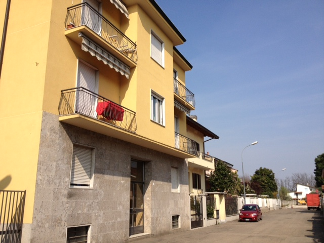 Bilocale Sedriano Via Grandi 1