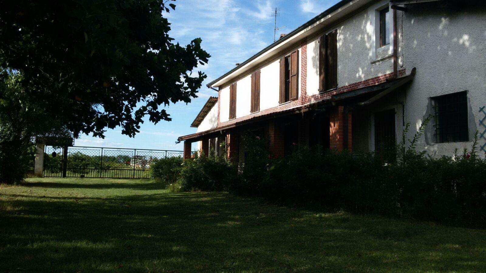 Soluzione Indipendente in vendita a Borgo San Siro, 4 locali, prezzo € 239.000 | Cambio Casa.it