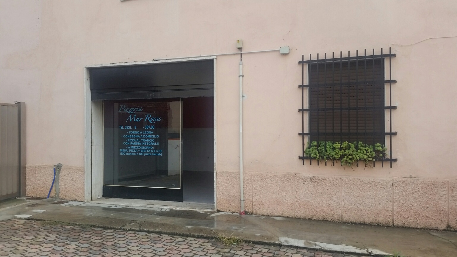 Negozio / Locale in affitto a Parabiago, 9999 locali, zona Zona: Villastanza, prezzo € 600 | Cambio Casa.it