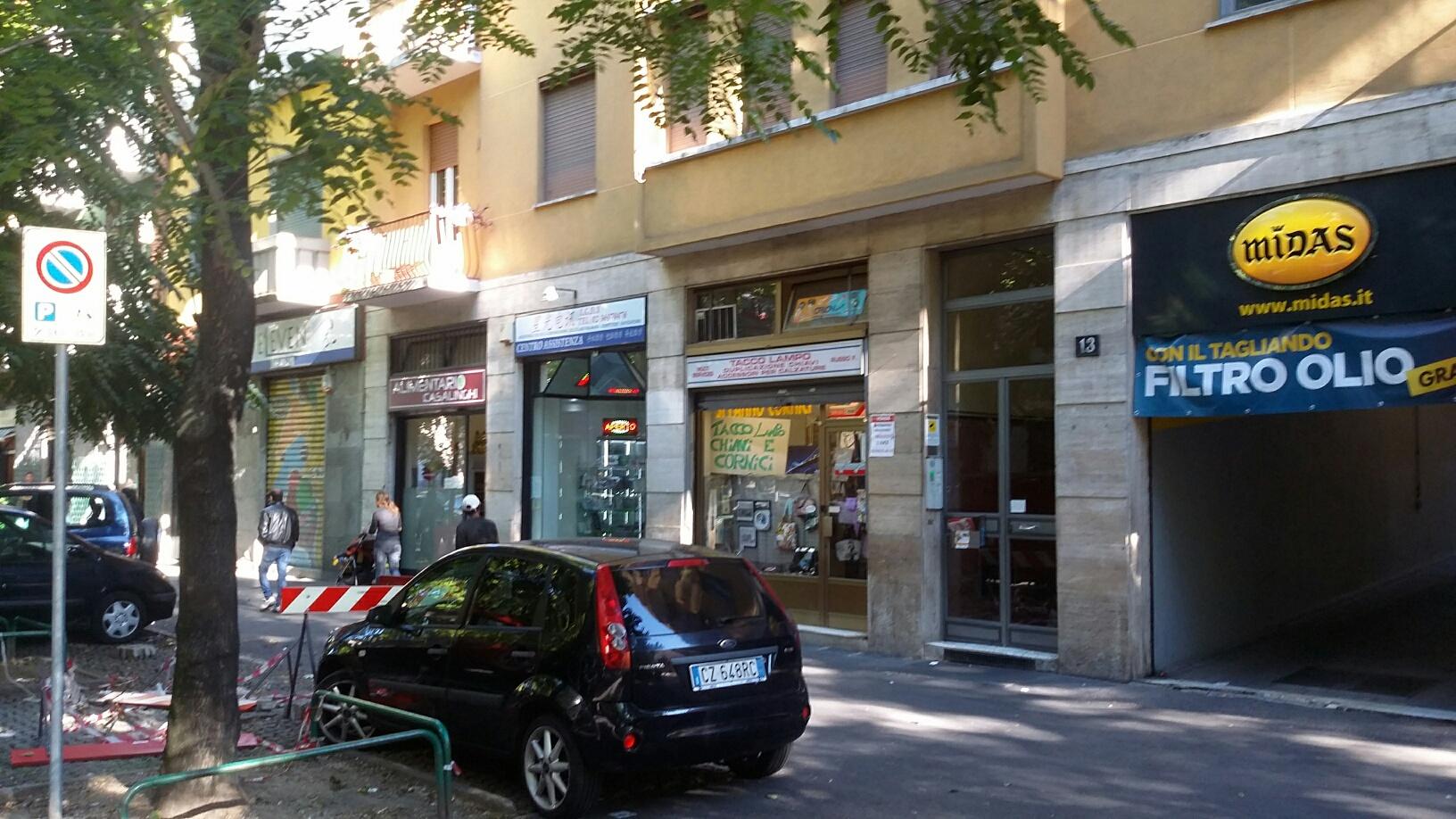 Negozio / Locale in vendita a Milano, 9999 locali, zona Località: S.Siro, prezzo € 85.000 | Cambio Casa.it