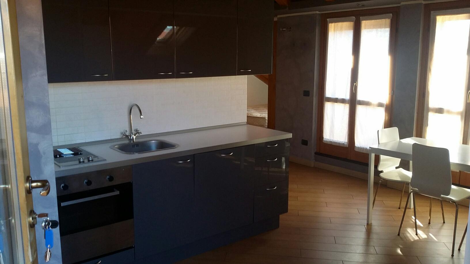 Attico / Mansarda in affitto a Rho, 1 locali, zona Località: Centro, prezzo € 630 | Cambio Casa.it