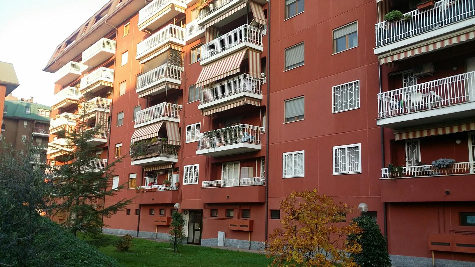Appartamenti quadrilocali in vendita a assago for Appartamento assago