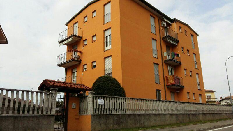 Appartamento in vendita a Nerviano, 3 locali, prezzo € 110.000 | CambioCasa.it