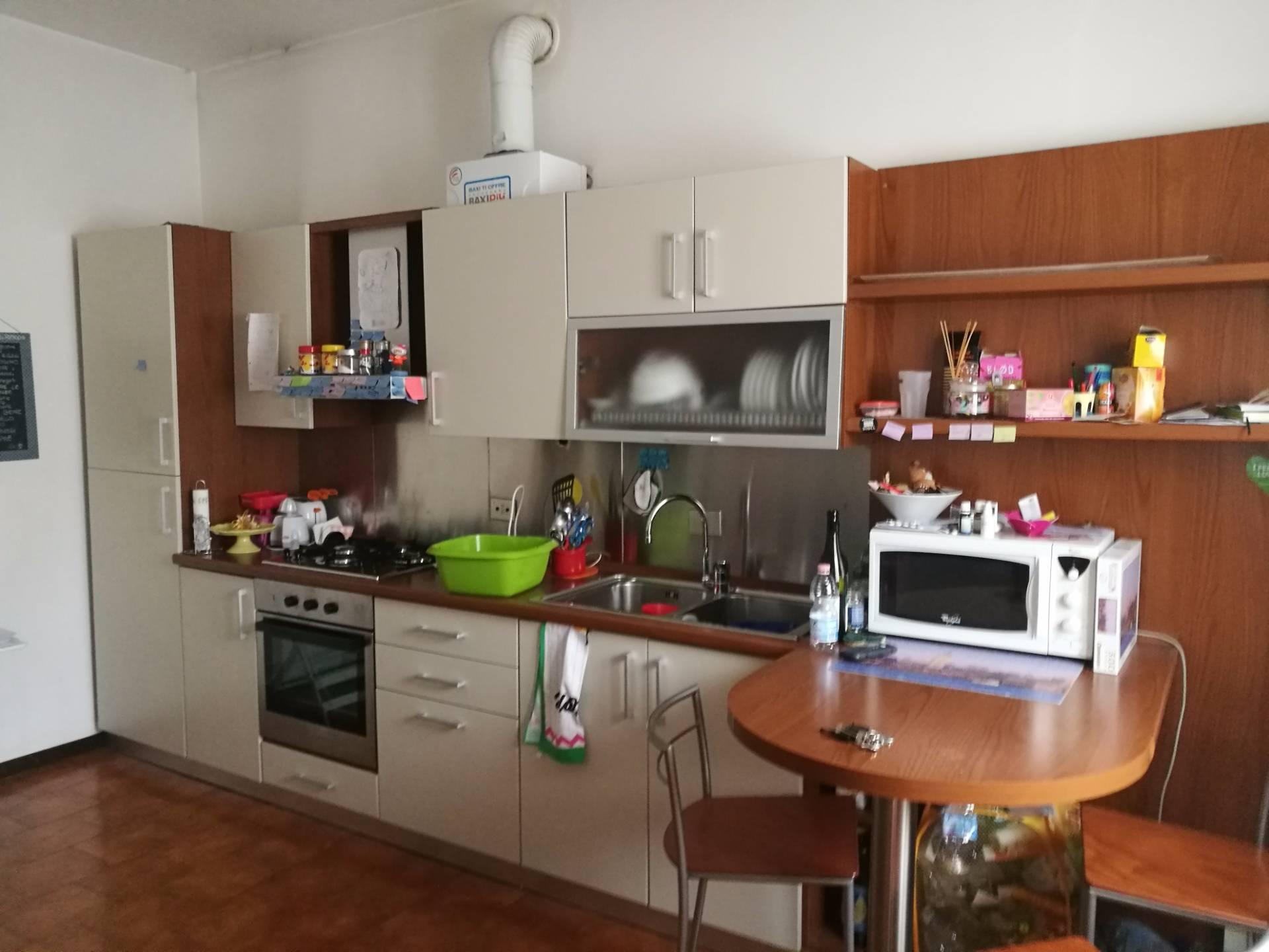 Appartamento in affitto a Milano, 2 locali, zona Località: Loreto, prezzo € 750 | CambioCasa.it