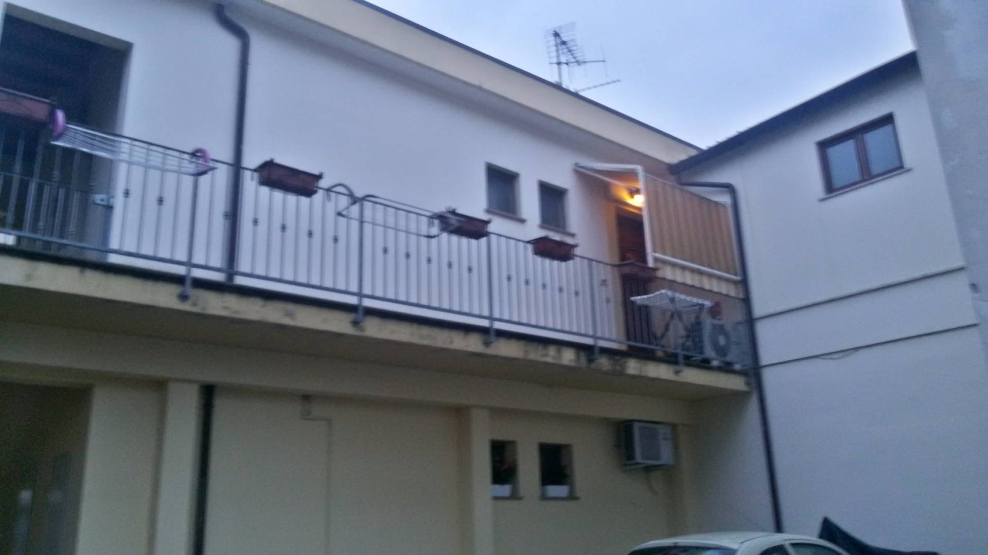 Bilocale Cascina Via Macerata 8