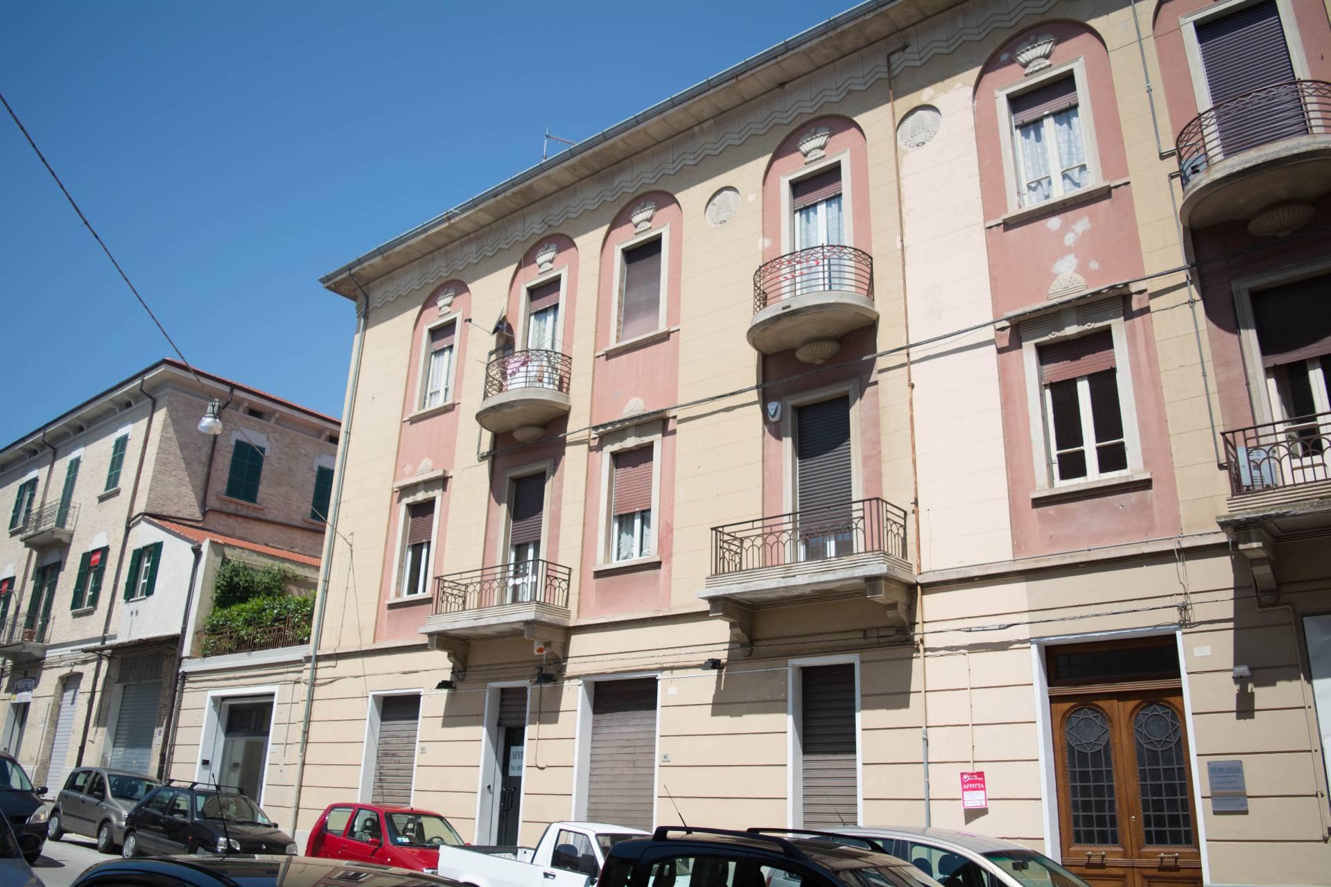 Appartamento in affitto a Lanciano, 9 locali, prezzo € 550 | Cambio Casa.it