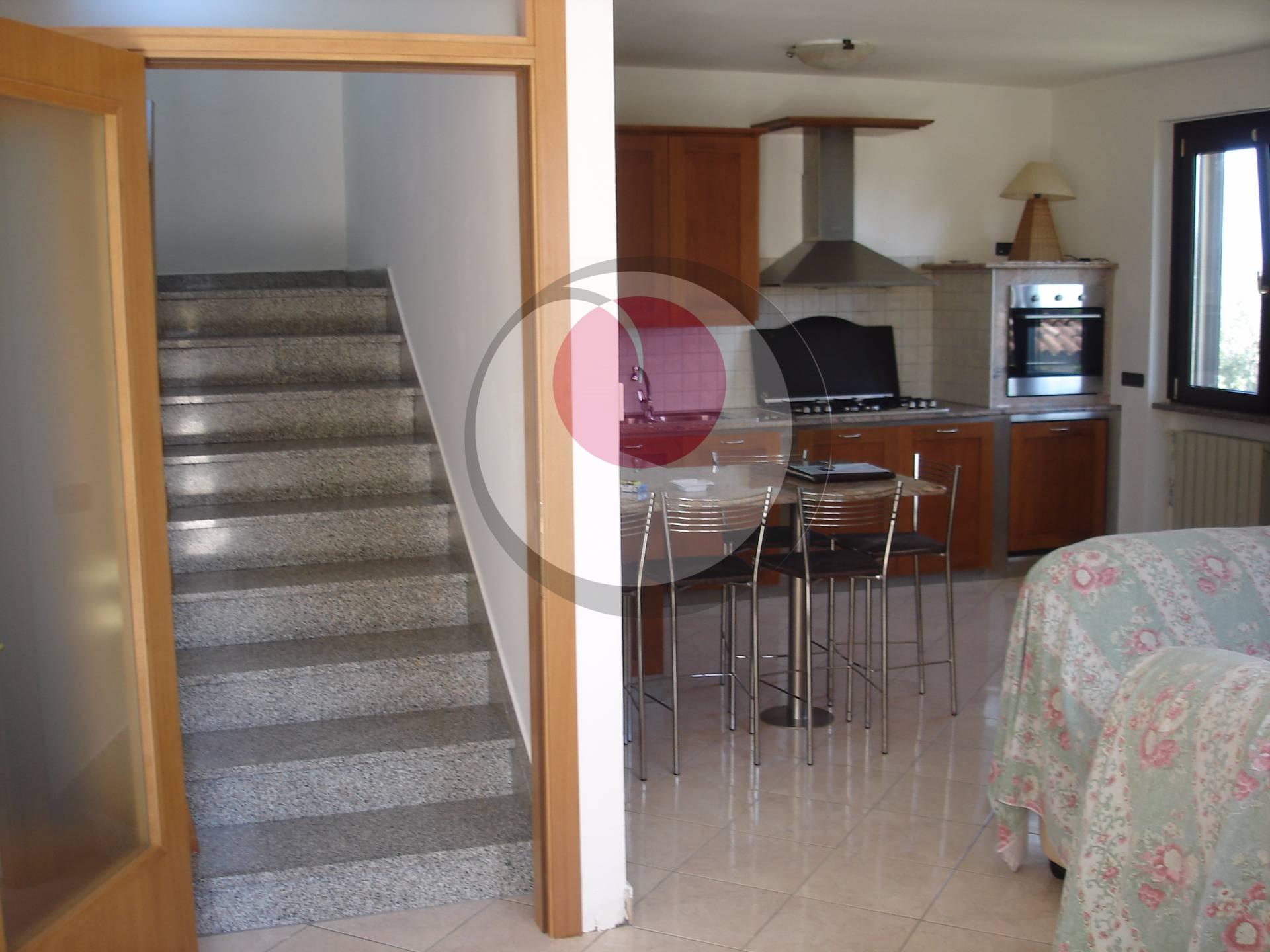 Soluzione Semindipendente in vendita a Rocca San Giovanni, 6 locali, prezzo € 110.000 | CambioCasa.it