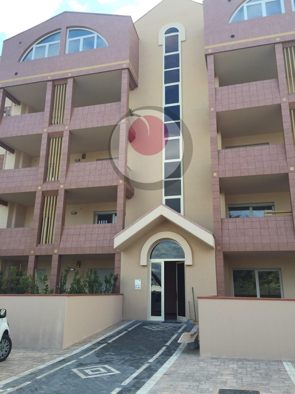 Appartamento in vendita a Lanciano, 6 locali, prezzo € 195.000 | Cambio Casa.it