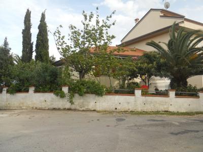 Soluzione Indipendente in vendita a Tortoreto, 4 locali, zona Località: TortoretoAlta, prezzo € 155.000 | Cambio Casa.it