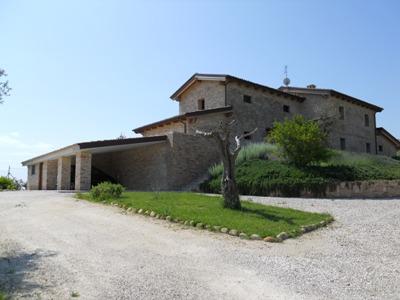 Villa in vendita a Martinsicuro, 10 locali, zona Località: Viadelsemaforo, Trattative riservate | CambioCasa.it