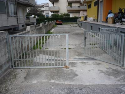 Magazzino in vendita a Alba Adriatica, 9999 locali, prezzo € 200.000 | CambioCasa.it