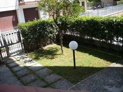 Appartamento in vendita a Tortoreto, 3 locali, zona Località: TortoretoLido, prezzo € 130.000   Cambio Casa.it