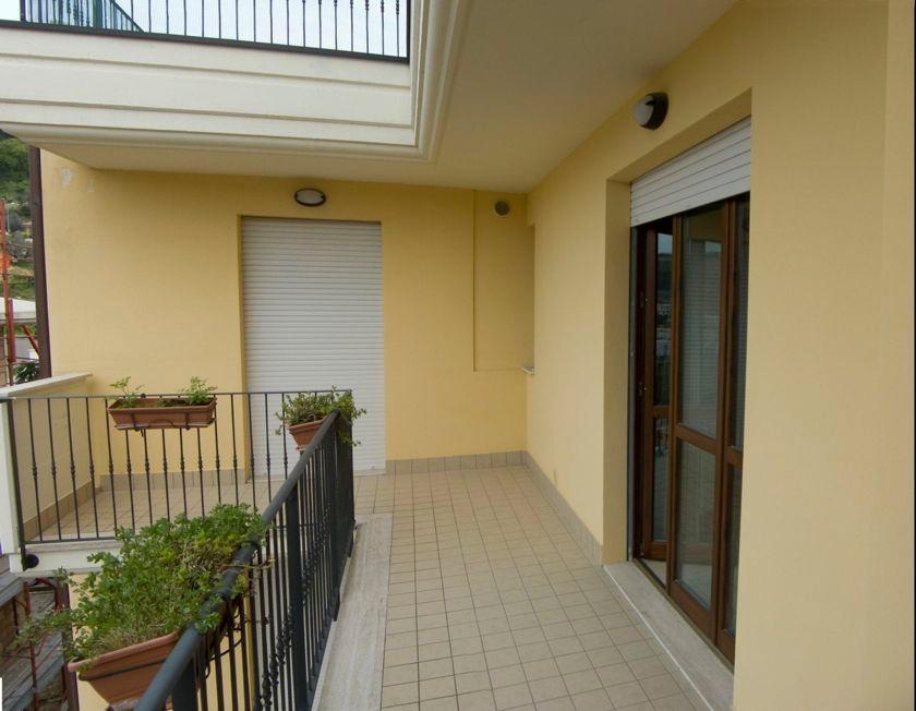 Appartamento in vendita a Cupra Marittima, 3 locali, prezzo € 195.000   Cambiocasa.it