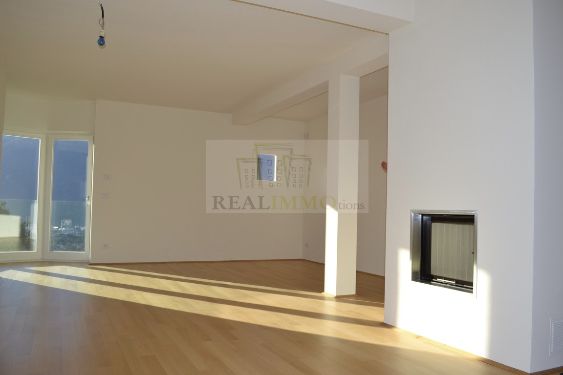 Appartamento in affitto a Bolzano, 6 locali, zona Zona: Residenziale, prezzo € 1.300 | Cambio Casa.it