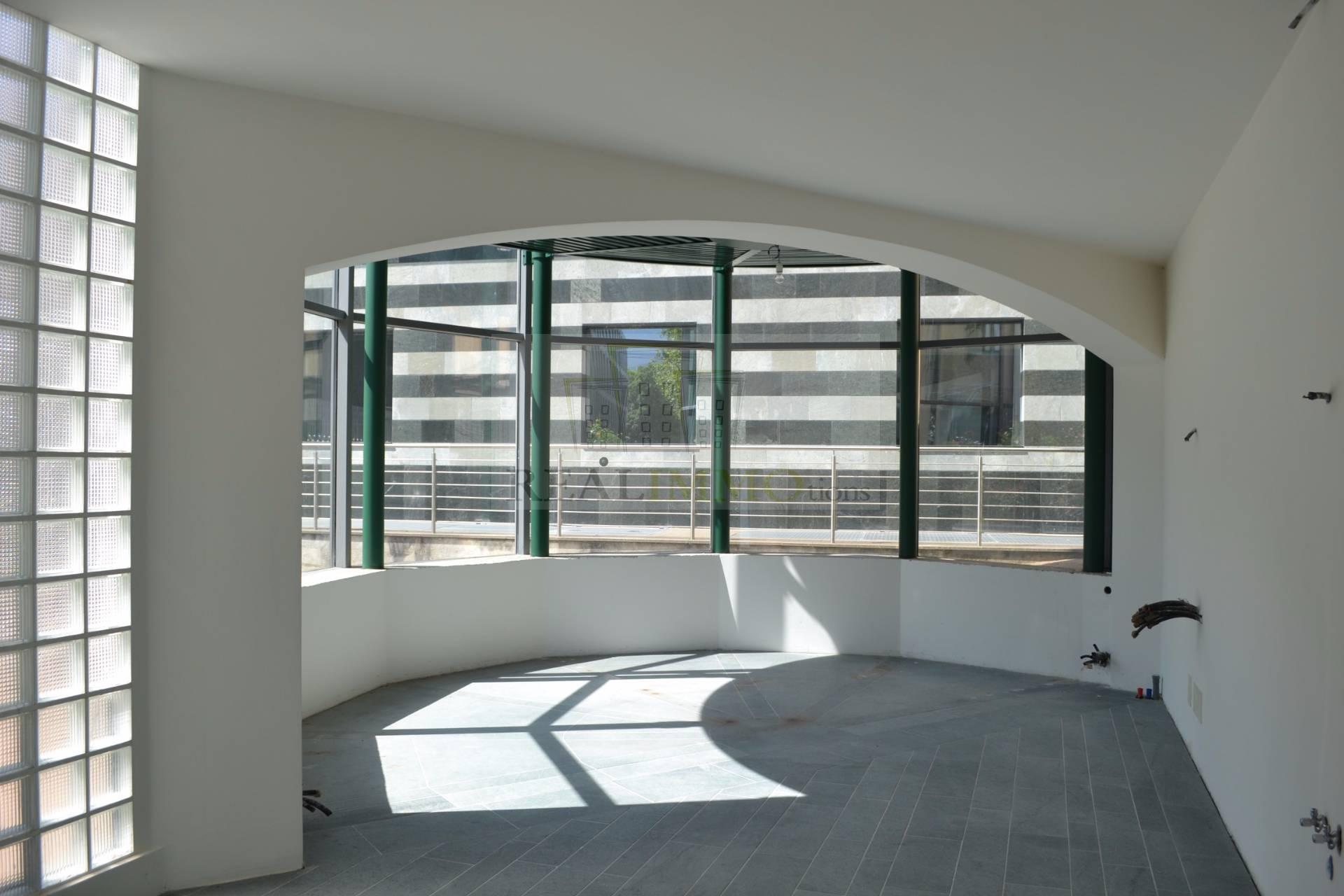 Negozio / Locale in vendita a Bressanone, 9999 locali, prezzo € 600.000 | CambioCasa.it