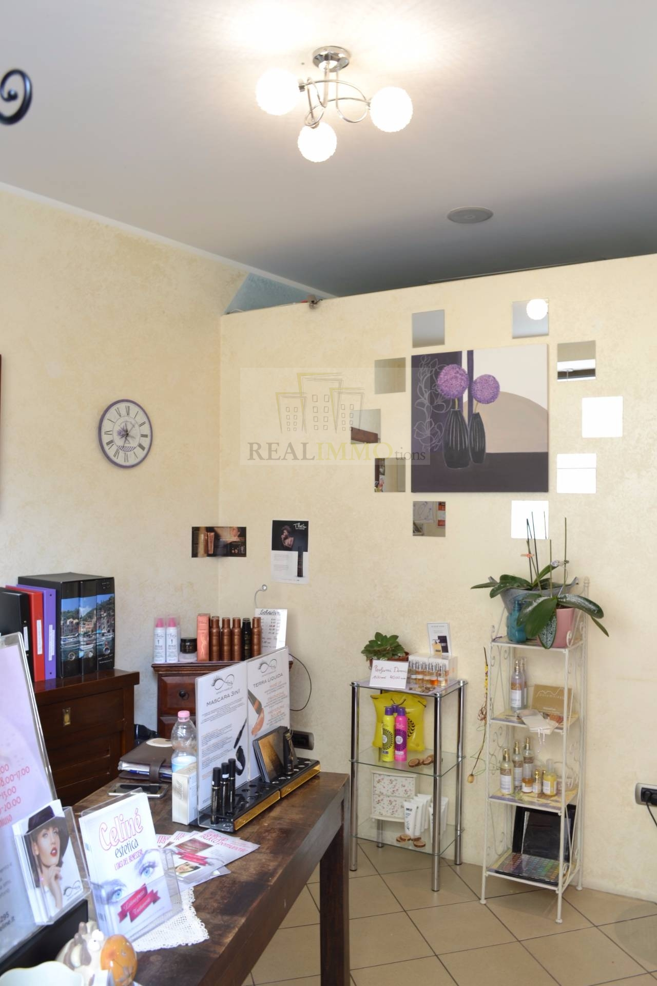 Negozio / Locale in vendita a Bolzano, 9999 locali, zona Zona: Centro, prezzo € 169.000 | CambioCasa.it