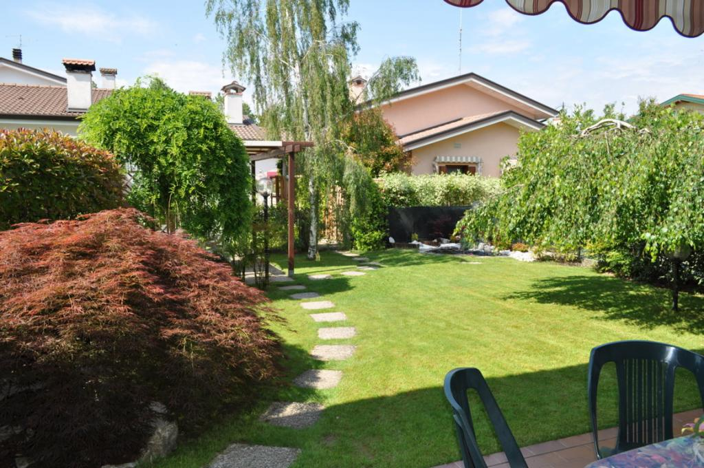 Villa vendita VILLA VICENTINA (UD) - 7 LOCALI - 120 MQ