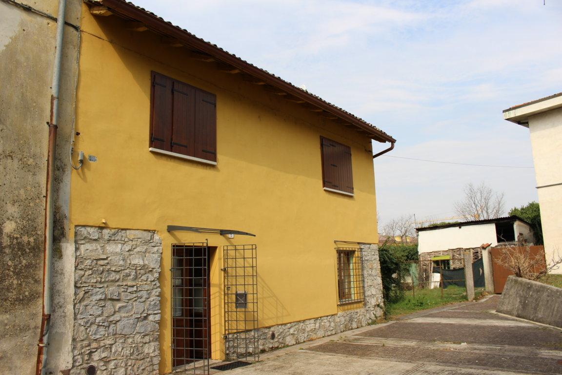 Soluzione Indipendente in vendita a San Canzian d'Isonzo, 4 locali, zona Zona: Begliano, prezzo € 115.000 | CambioCasa.it