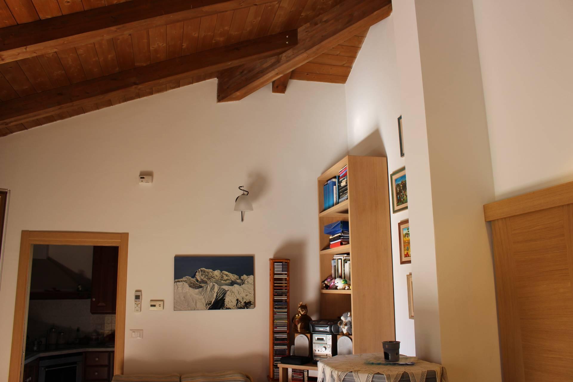 Appartamento in affitto a Ronchi dei Legionari, 5 locali, prezzo € 600 | CambioCasa.it