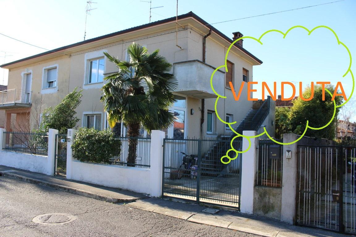 Soluzione Indipendente in vendita a Staranzano, 5 locali, prezzo € 165.000 | CambioCasa.it