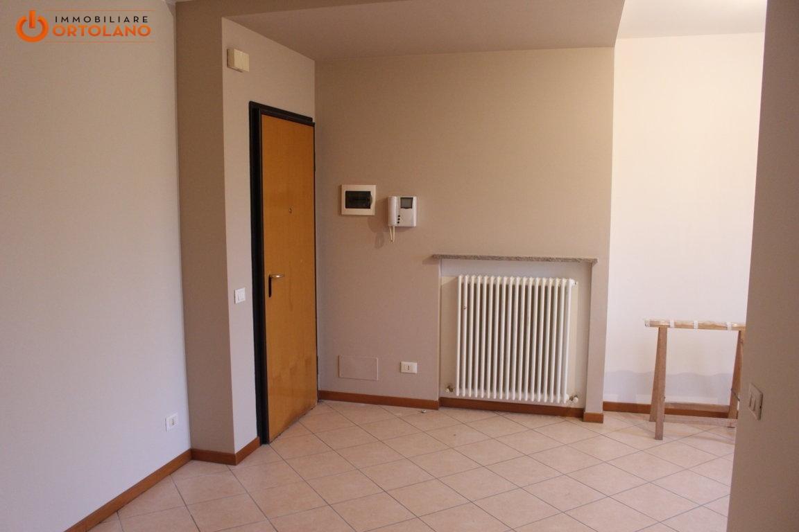 Appartamento in affitto a Ronchi dei Legionari, 4 locali, prezzo € 450 | CambioCasa.it