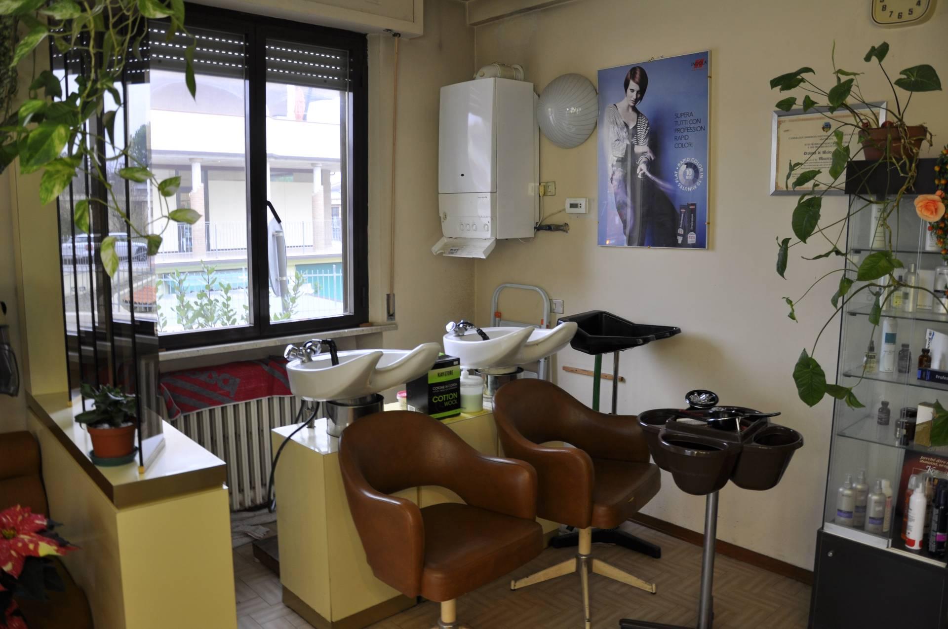 Attività / Licenza in vendita a Montecosaro, 9999 locali, prezzo € 6.900 | CambioCasa.it