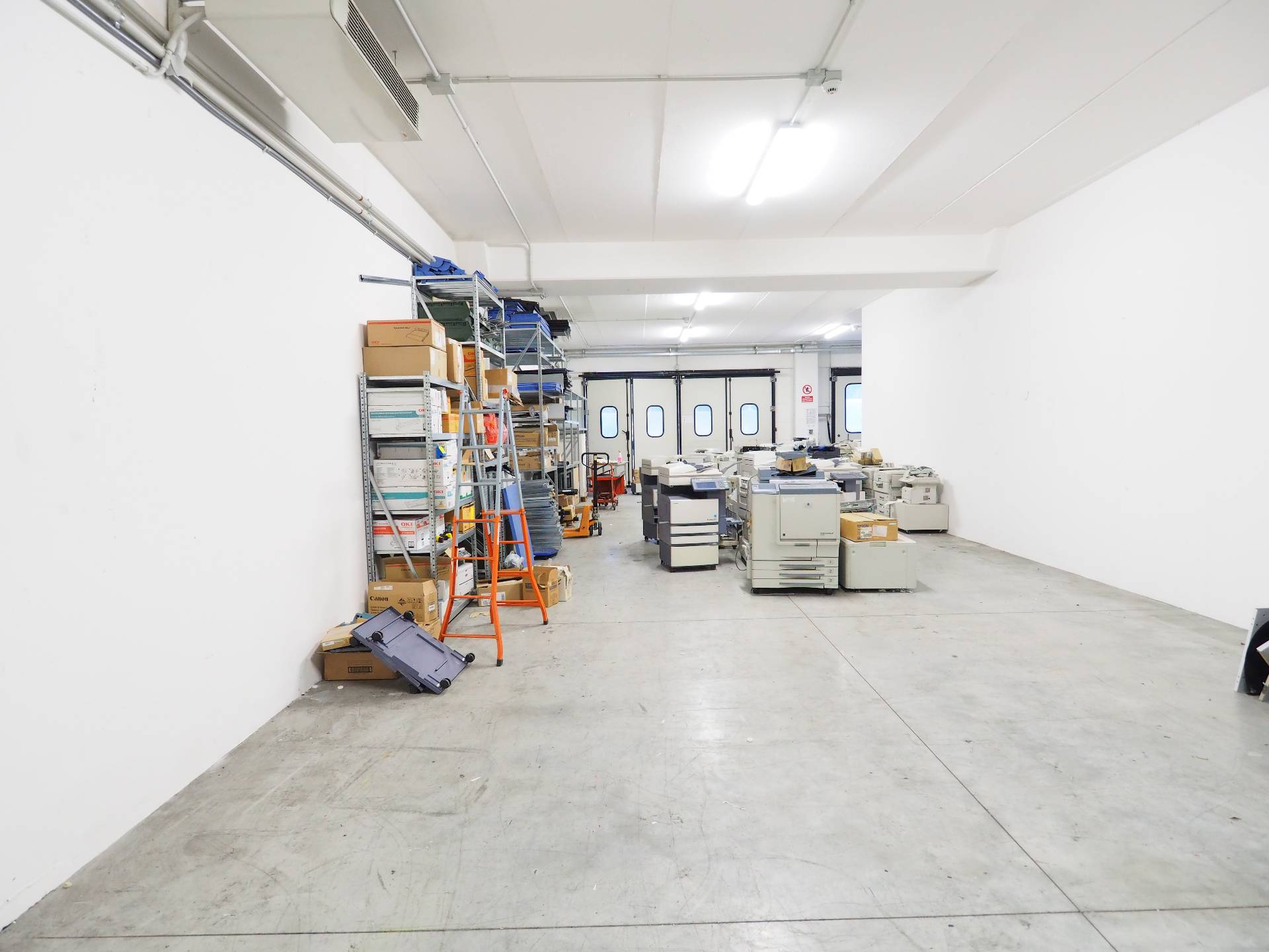 Laboratorio in vendita a Montecosaro, 9999 locali, zona Località: MontecosaroScalo, prezzo € 150.000   Cambio Casa.it